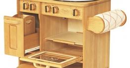 Kinderküche aus Holz VS. Kinderküche aus Plastik