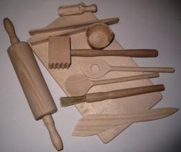 Hofmeister Holzwaren Koch- und Backset für Kinder, 9 Kleinteile und Brett