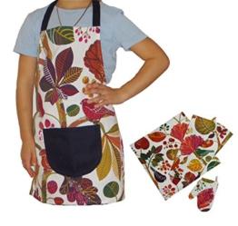 beties Zauberwald Kinderkochset (4er Set) 100% Baumwolle für kleine Helfer in der Küche: Schürze, Topfhandschuh, Geschirrtuch & Mitteldecke Farbe (Elfenbein-Bunt)